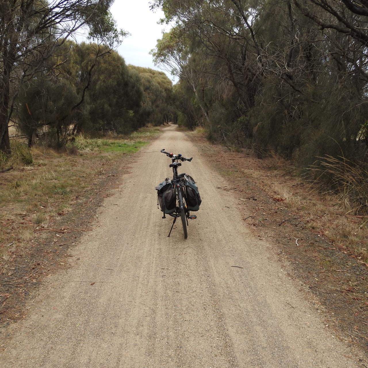 Midweek Meander 2 – Cycling the Ballarat Skipton RailTrail